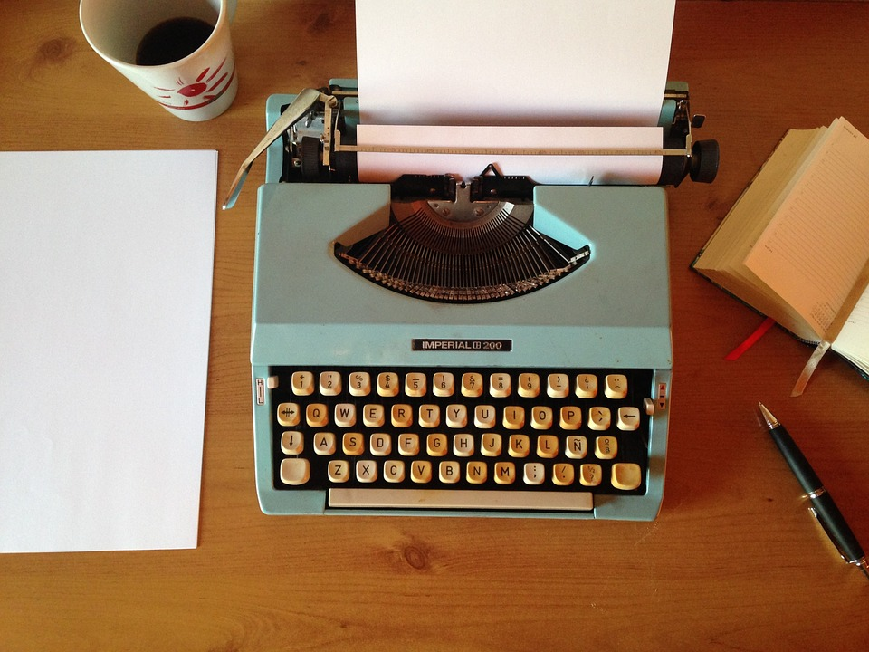 machine-writing-1035292_960_720